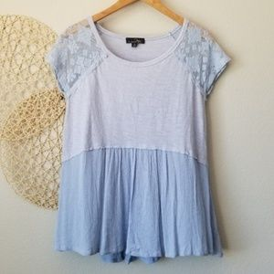 2/$20 Suzanne Betro Lace Flowy Top Small